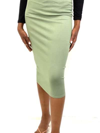 חצאית מחטבת מושלמת מבד מחטב איכותי חצאית שחובה בכל ארון מידות : 0 עד 5